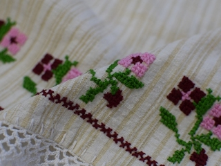 04-Embroidery